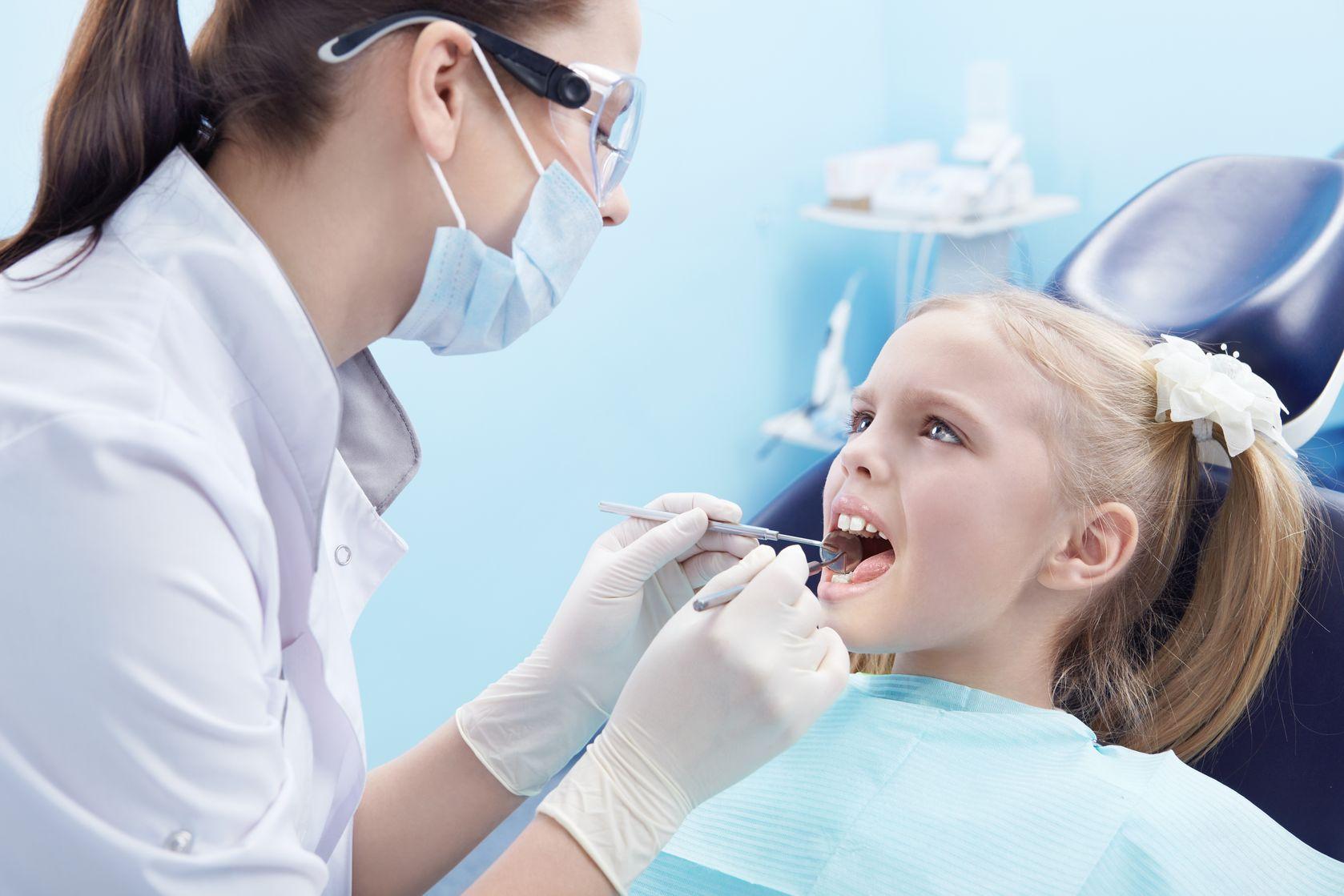 impianti dentali nei bambini
